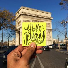 Hello Paris posit-it