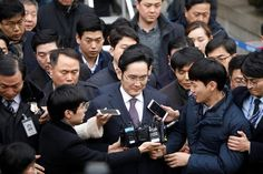 Lee Jae-yong, vice chairman of Samsung Electronics and presumed heir to the Samsung empire, has been found guilty of perjury, embezzlement, and bribery in South Korea. The verdict brings a sentence. Samsung, Tech News Today, Presidential Pardon, Political Scandals, Korean President, Sexy Geek, Lee, The Heirs, News Magazines