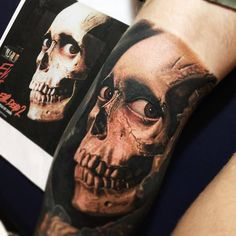 Today's skull of the day is this groovy piece by Nikko Hurtado.