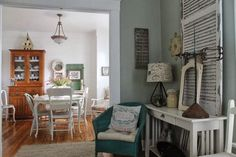 Every room in this quaint little cottage is a shabby-chic dream – take a peek inside