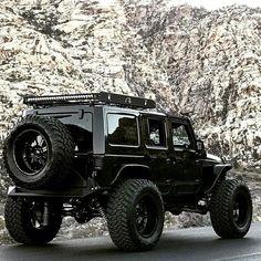 -ℛℰ℘i ℕnℕD von Averson Automotive Group LLC - Herzenssache - Auto Jeep Jk, Jeep Wrangler Lifted, Jeep Rubicon, Jeep Truck, Jeep Wrangler Unlimited, Black Jeep Wrangler, Lifted Jeeps, Jeep Photos, Badass Jeep