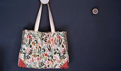 Tuto tote bag with lining Mila the tote LOUISE Diy Sac, Mode Style, Diy Fashion, Bag Making, Bucket Bag, Chloe, Reusable Tote Bags, Sewing, Accessories