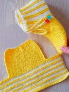 3 непрочитанных чата Crochet Leg Warmers, Crochet Socks, Knitting Socks, Crochet Stitches, Knit Crochet, Knit Slippers Free Pattern, Crochet Slipper Pattern, Knitted Booties, Knitted Slippers