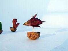 Loďky z ořechových skořápek - Laňka ve městě
