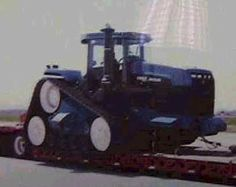 New Versatile tractors on tracks   New Holland Versatile tracked prototype - Tractor & Construction Plant ...