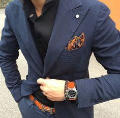 Contrasting orange and blue #pocketsquare #mensfashion #style