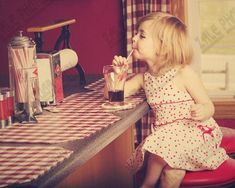 Cute small pin up girl Cute Kids, Cute Babies, Baby Kids, Pretty Kids, Little Ones, Little Girls, Soda Fountain, Tumblr, Favim