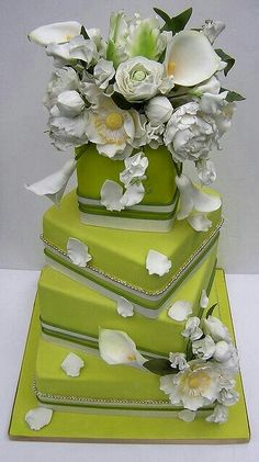 Beautiful cake for you , check it out!
