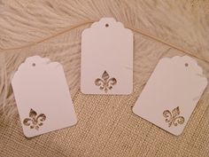 White Fleur de Lis Placecards / Gift Tags / Escort Cards / Price tag- DIY Wedding Wish Tree Tags
