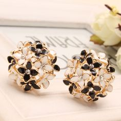 Pink Blue Flower Four Leaf Stud Earrings  Clove Designer New 2015 Spring pendientes Brincos for Womens E2041