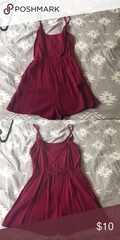 Romper Brand new, never worn. Forever 21 romper with cut-out back. Forever 21 Dresses