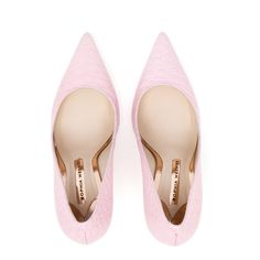 Sophia Webster Coco Flamingo Croc Embossed Pumps ($275) ❤ liked on Polyvore featuring shoes, pumps, heels, pink, crocodile shoes, pink stilettos, croc pumps, embellished pumps and stiletto heel pumps
