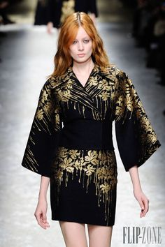 Blumarine Fall-winter 2014-2015 - Ready-to-Wear - http://www.flip-zone.net/fashion/ready-to-wear/fashion-houses-42/blumarine-4579 - ©PixelFormula