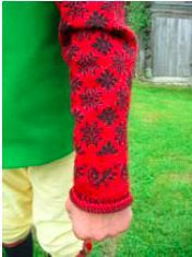 Nåsdräkten - Crocheted sleeves