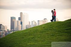 Stacey + Jon {Engagement Session at Gas Works Park} Seattle Engagement Photos, Engagement Shots, Engagement Photo Poses, Country Engagement, Fall Engagement, Engagement Couple, Engagement Pictures, Engagement Photography, Seattle Photography