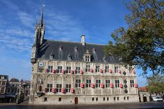 Stadhuis, zijkant, Gouda, oktober 2013