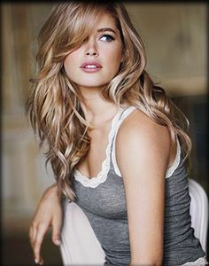 Hairstylewomenandmen-blogspot-com_Doutzen-Kroes-Highlights-Victoria%27s-Secret-Hairstyle.jpg 444×566 pixels