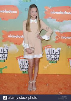 Download this stock image: Lizzy Greene at arrivals for Nickelodeon's Kids' Choice Awards 2016 - Arrivals 1, The Forum, Inglewood, CA March 12, 2016. Photo By: Dee Cercone/Everett Collection - FMWBPK from Alamy's library of millions of high resolution stock photos, illustrations and vectors.