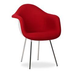 La silla TOWER ARMS es uno de los modelos más populares del diseño de vanguardia del último siglo.Estilo, eleganciay comodidad se unen para dar un toque distintivo atu comedor o tu oficina. La versión ARMS añade unos reposabrazos en la misma estructura de la silla.  El respaldo, reposabrazos y asiento tapizado en tela cashmere se adapta perfectamente a tu cuerpo, y la base de patas de acero es muyresistente y de gran robustez. La combinación de estos materiales la convierten en una… Charles & Ray Eames, Simple, Furniture, Cashmere, Chairs, Base, Design, Home Decor, Tela