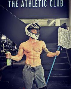 """419 kedvelés, 20 hozzászólás – AZ (@adamzimahun) Instagram-hozzászólása: """"When it comes to safety,i spare no expenses!!!!Only the BEST !!!! 🙏 #helmet @kythelmet @kyteurope…"""" Athletic Clubs, Athlete, Spa, Instagram"""