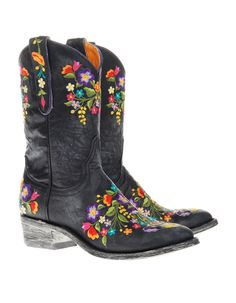 TO DIE FOR!!! Mexicana Look in Cowboy Floral Embroidery Boots