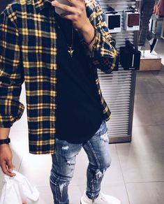 99 Perfect Men Outfit Ideas For 2019 That Looks Cool is part of Streetwear jeans - Fashion tips for men are becoming more popular these days to males of all ages This is because men are […] Streetwear Jeans, Streetwear Fashion, Streetwear Summer, Streetwear Clothing, Casual Outfits, Men Casual, Fashion Outfits, Fashion Men, Fashion Styles