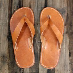 Make these! Tin Skyrme's leather flip flop slipper pattern, pictured on simpleshoemaking.com