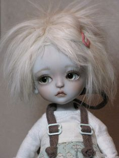 Adorable Grey by ElfinHugs, via Flickr