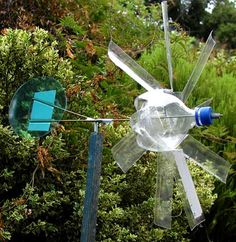 Big Whirligig Craft with recycled materials - mothergoose.com