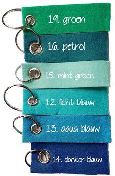 Vilten sleutelhangers groen en blauw tinten Doodle Lettering, Thing 1, Home Deco, Colorful Interiors, Caravan, Mood Boards, Color Inspiration, Color Combinations, Colours