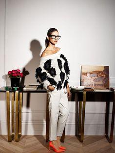 Présidente et directrice de la création de J.Crew, cette brune longiligne est l'icône mode absolue outre-Atlantique. À l'occasion de l'ouverture de la première boutique parisienne, rencontre avec la reine du style made in USA.
