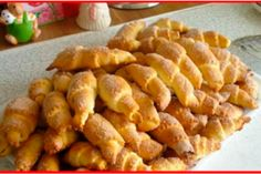 Cea mai reușită rețetă de clătite pe bază de chefir - Bucatarul Romanian Food, Potatoes, Vegetables, Ethnic Recipes, Hamburger Bun Recipe, Bread Recipes, Hamburgers, Sweets, Potato