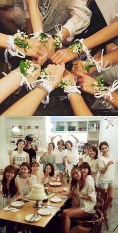 황정음, 배용준 박수진 브라이덜샤워 당시 꽃팔찌 공개 :: 네이버 TV연예