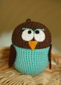 Crocheted Owl on Kinder Surprise container