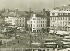 Old & Historical Photos of Derbyshire & Nottingham Nottingham City Centre, Nottingham Uk, Transport Pictures, Derbyshire, The Good Old Days, Historical Photos, Old Photos, Paris Skyline, The Past