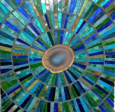 Mosaic by Siobhan Allen.This is the only Siobhan Allen mosaic pin I Mosaic Diy, Mosaic Crafts, Mosaic Projects, Stained Glass Projects, Mosaic Wall, Stained Glass Art, Mosaic Glass, Mosaic Tiles, Mosaic Designs