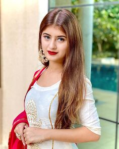Dehati Girl Photo, Girl Photo Poses, Girl Photography Poses, Girl Photos, Girl Pics, Simple Girl Image, Beautiful Girl Image, Beautiful Images, Stylish Girls Photos