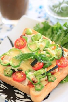 具沢山☆夏野菜のピザトースト by まかない課長さん | レシピブログ ...