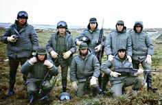 Argentine anti-air artillery soldiers.