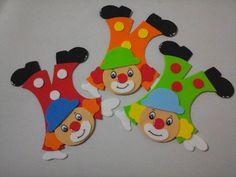 Aplique de palhaço de e.v.a Circus Theme Crafts, Clown Crafts, Carnival Crafts, Carnival Themes, Party Themes, Kids Crafts, Clown Party, School Frame, Cute Clipart