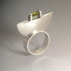 Ring | Marcus Marguillier.  Sterling silver and peridot.