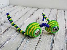 10 ideias de brinquedos caseiros com caixa de ovo- oculos de espiao