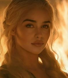 Emilia Clarke Daenerys Targaryen, Game Of Throne Daenerys, Thranduil, Emilia Clarke Hot, Emilia Clarcke, Elfen Fantasy, Game Of Thones, Tumbrl Girls, Game Of Thrones Art
