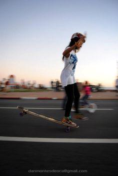 9ef6390da2e66 Longboard Girls Crew Skater Style