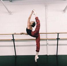 Image about inspiration in ballet ✧ by K Jasmine Dance Photography Poses, Dance Poses, Jazz Dance, Dance Art, Dance Aesthetic, Aesthetic Anime, Flexibility Dance, Svetlana Zakharova, Ballet Clothes