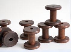 10 große Holzspulen - Sortieren & Sammeln von Spulwerk