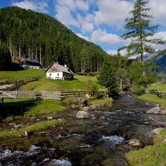 Liesertal in Karinthie Austria Peaceful Places, Wonderful Places, Beautiful Places, Places In Europe, Places To Visit, Visit Austria, Carinthia, Central Europe, Alps