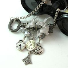 Skeleton Key Steampunk Necklace by Mystic Pieces