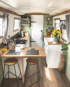 Tiny House Living, Small Living, Home And Living, Canal Boat Interior, Barge Boat, Tiny Beach House, Narrowboat Interiors, Houseboat Living, Boat Restoration