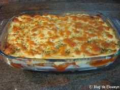Pastel de Atún y Pimiento Rojo Quiches, Good Food, Yummy Food, Mexican Food Recipes, Ethnic Recipes, Empanadas, Fish And Seafood, Cooking Time, Tapas